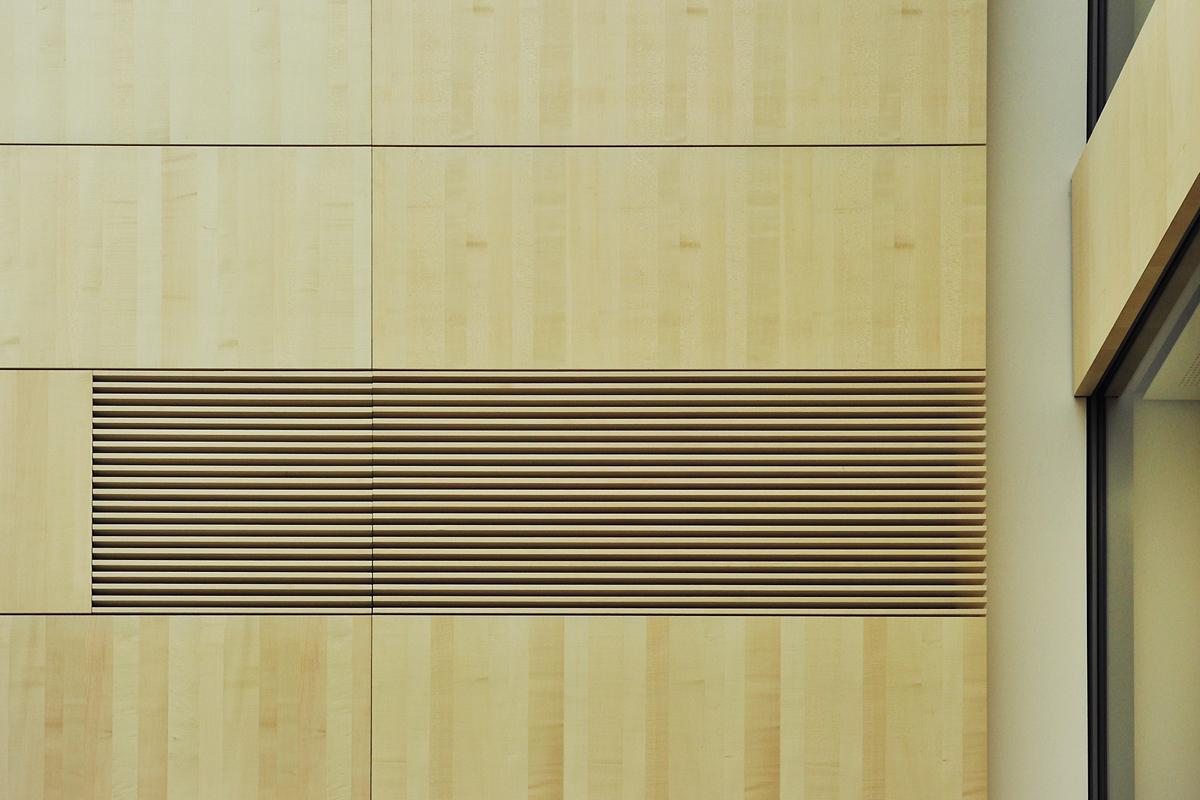 Akustikwand,Finanzamt Wiesbaden,Koepke und Kasiske,Tischlerei Rügen,Moebel- und Ladenbau