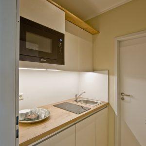 Büroküche-Personalküche-Tischler-Rügen-KuK-Möbel-und-ladenbau