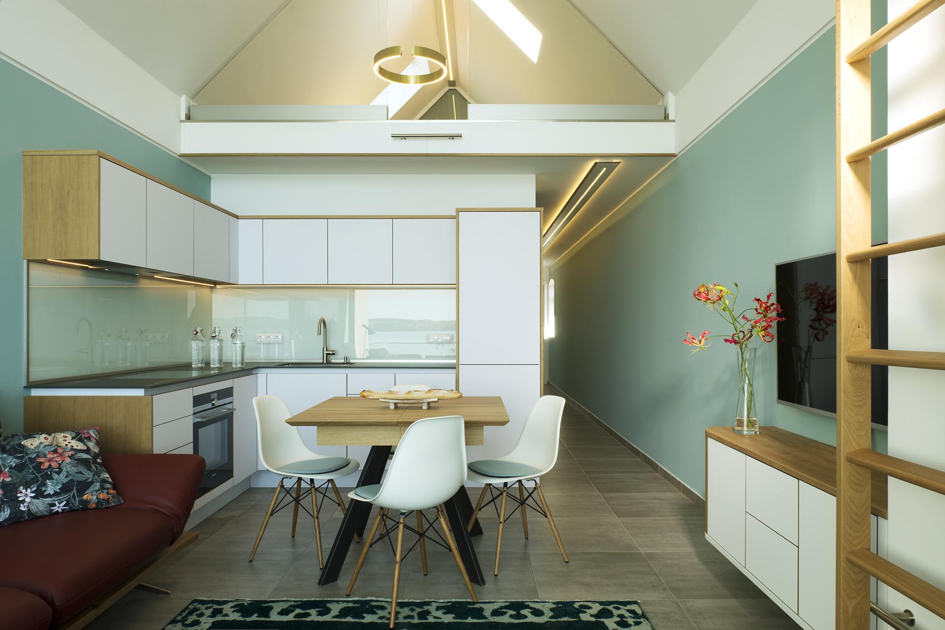 Design Küche, grifflose Küche, Koepke und Kasiske Tischlerei Rügen