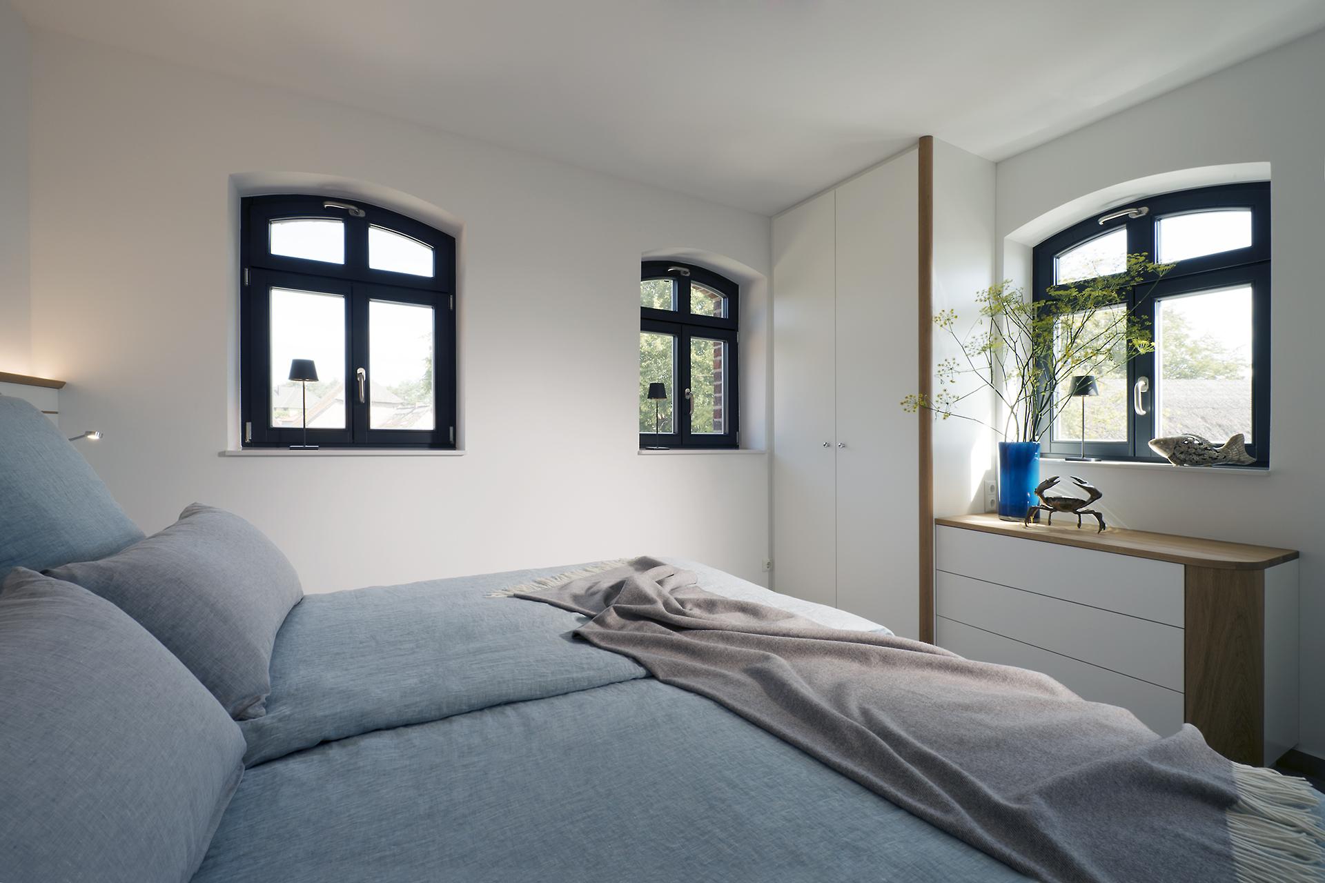 Einbauschrank, Kommode, Schlafzimmer, Koepke und Kasiske, Tischlerei Rügen