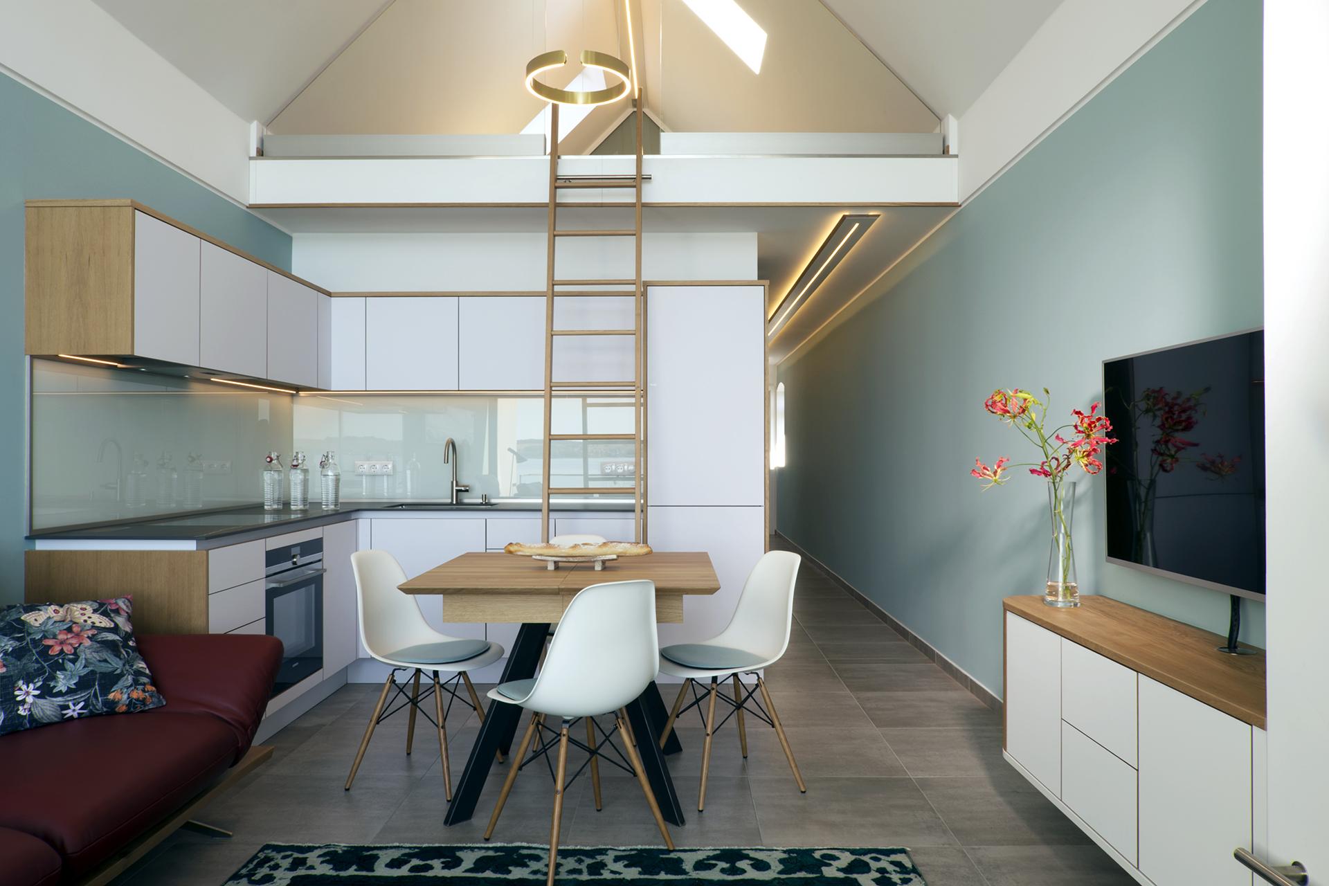 Exklusive Küche, Moderne Küche, Leiter für Dachgeschoss, Koepke und Kasiske Tischlerei Rügen