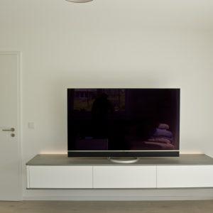 Tischlerei_Rügen_Koepke_&_Kasiske_TV-Sideboard